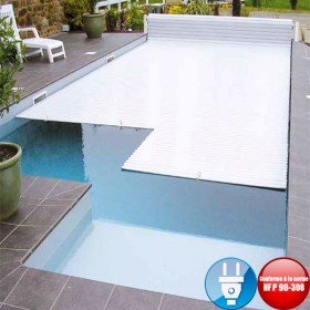Volet piscine électrique hors sol First avec fin de course